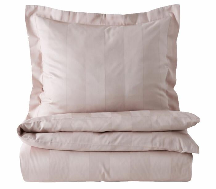 rosa sängkläder satin