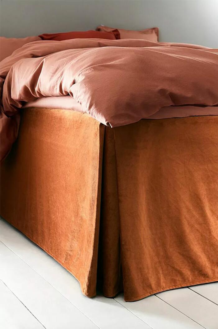 Rosträd sängkappa i sammet från Jotex