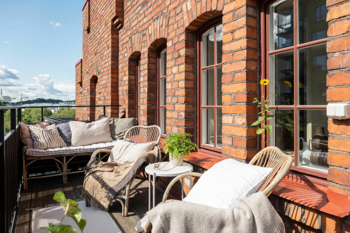 Etagelägenhet i Saltsjökvarn sex rum och balkongen