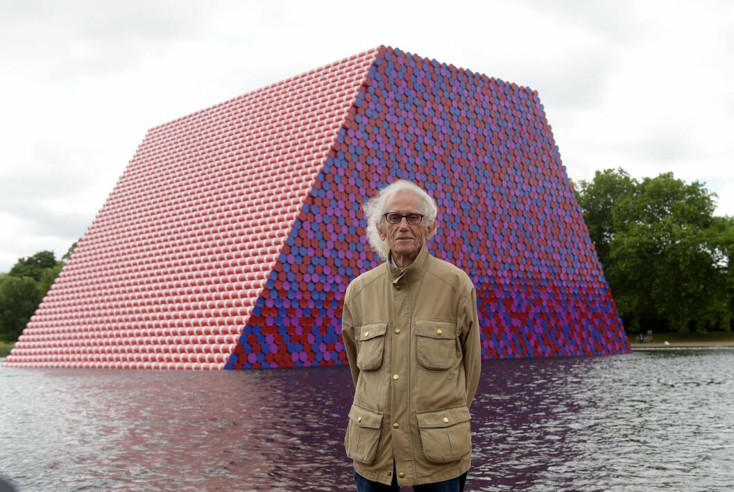 Konstnären Christo år 2018 när han presenterade The Mastaba, ett temporärt konstverk i Hyde Park, London.