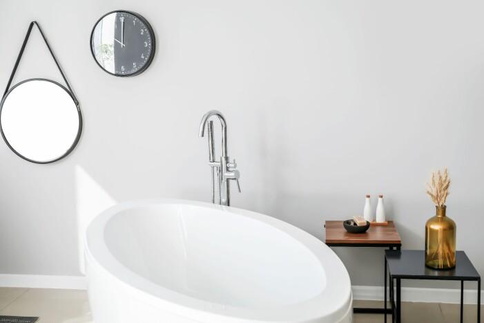 Det är viktigt att hålla rent i badkar och handfat.