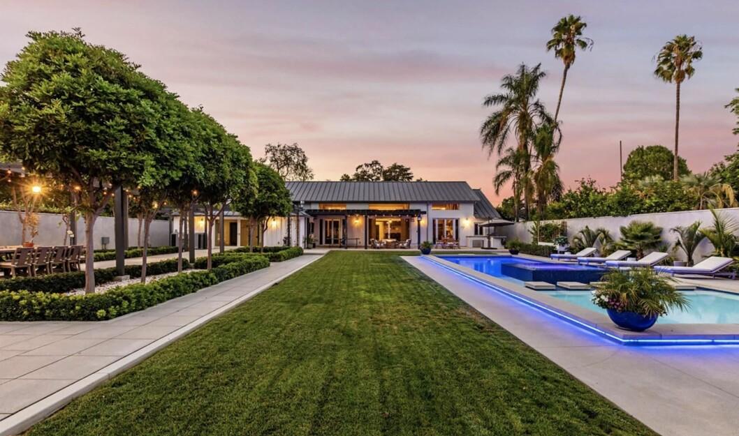 Julie Bowen, skådespelerskan från Modern Family, har köpt lyxvilla i Los Angeles.
