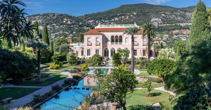 Franska Rivieran står för detta vackra tillskott till listan.