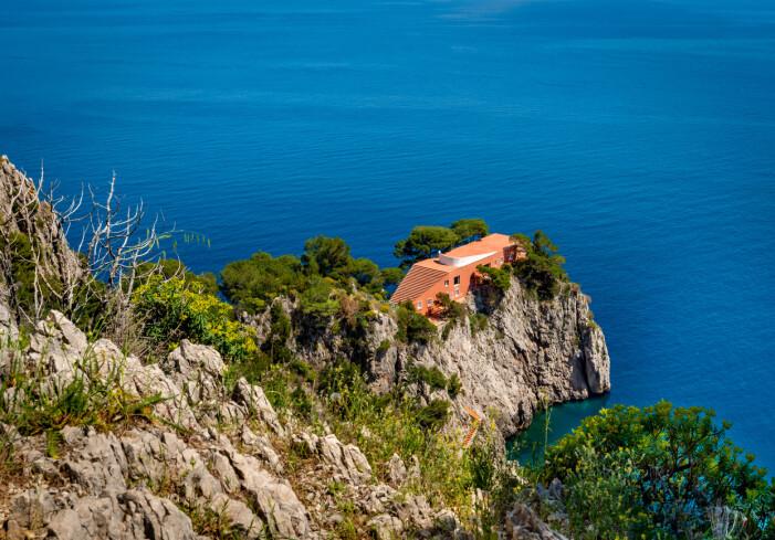 Adalberto Libera ritade denna villa på ön Capri.