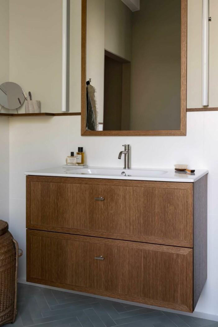 Så skapar du ett jordnära badrum, naturmaterial