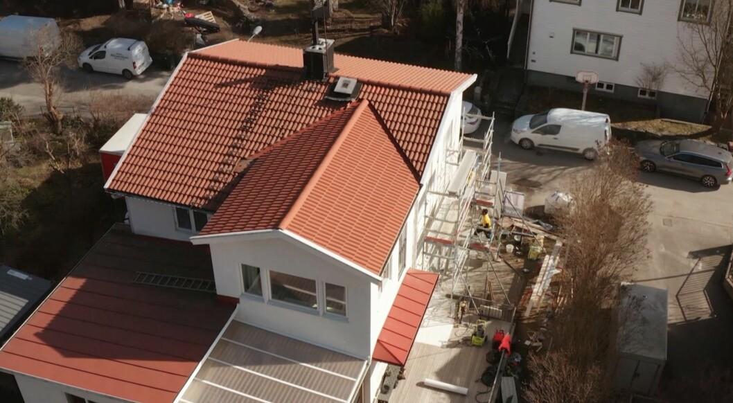 Drönarbild av Kerstin och Anders Lundins villa.