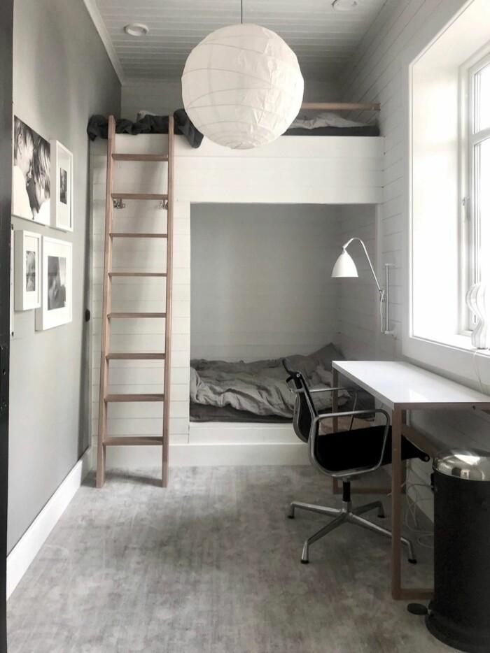 Stilfull platsbyggd våningssäng