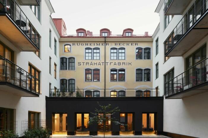 Andreas Martin-Löf säljer sin lägenhet i stråhattfabriken