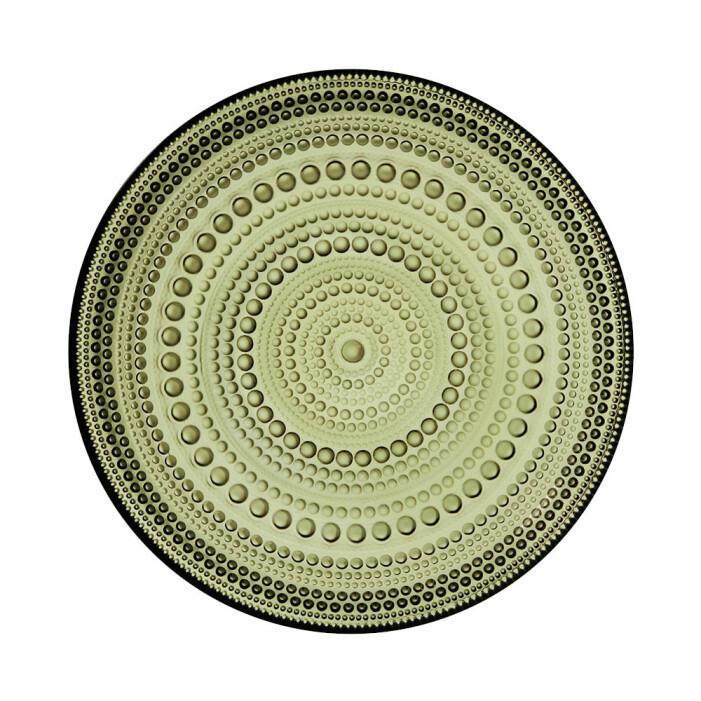 grön prickig assiett från iittala