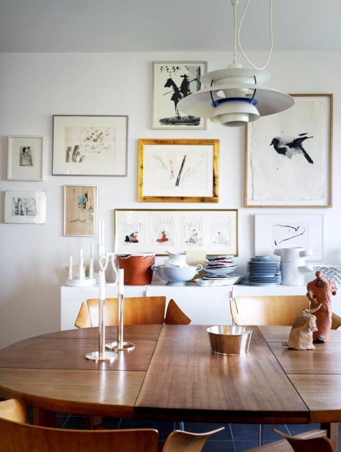 Hämta inspiration från tavelväggar som denna, stylad av Anna Ranung.