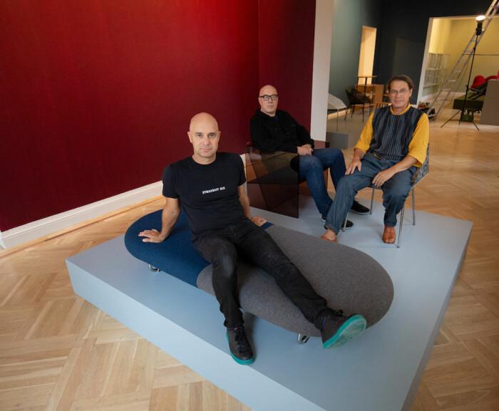 Das Trio Mårten Claesson, Eero Koivisto und Ola Rune stellt bei Bukowskis aus.