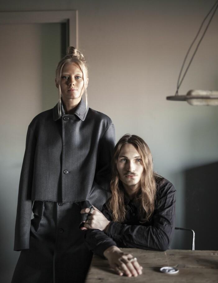 Tyra-Stina Wilhelmsson och formgivaren Lucas Morten
