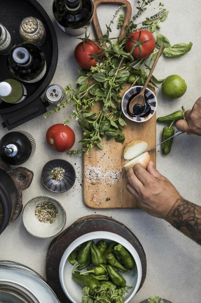 Ingredienser till hemmagjord pizza