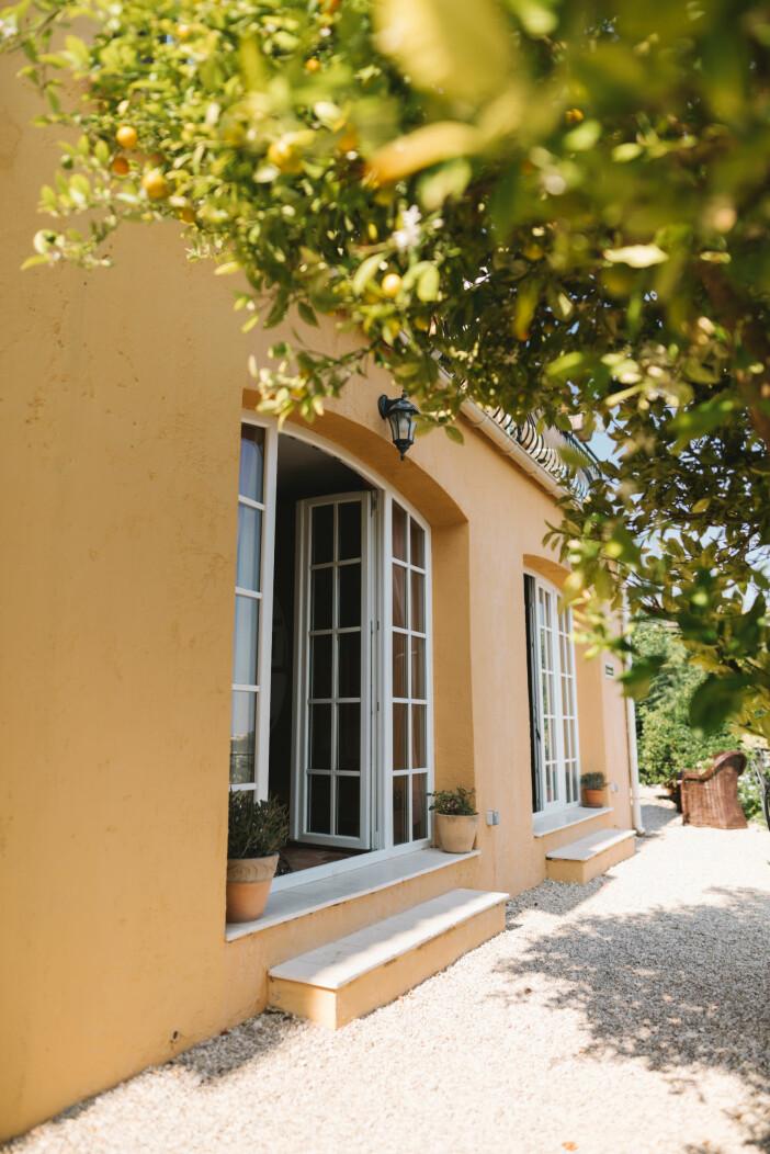 Villa Juli guesthouse Speracedes fasaden